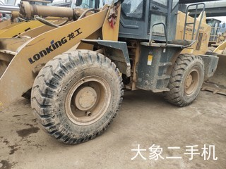 龙工LG833B装载机