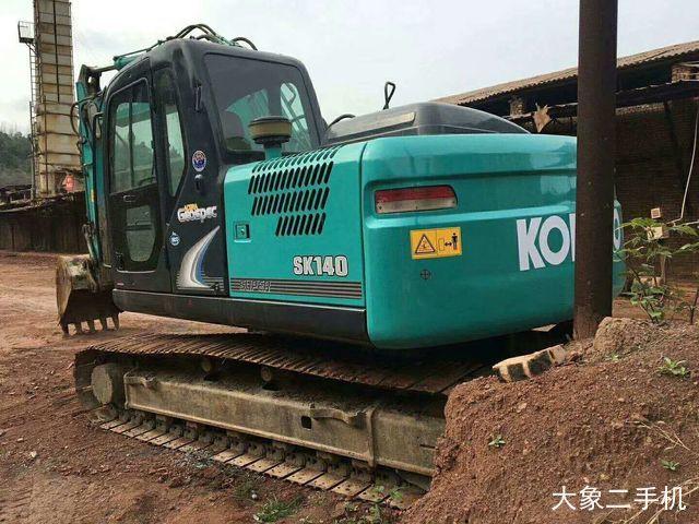 神钢 SK140LC-8 挖掘机