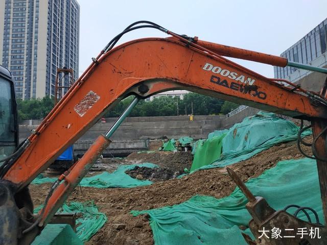 斗山 DH55 挖掘机