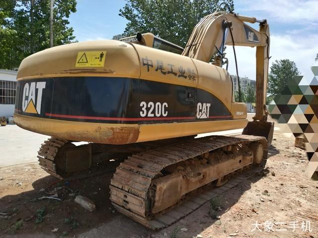 卡特彼勒 320C 挖掘机
