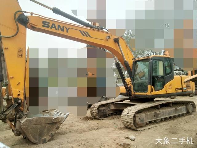 三一重工 SY225C 挖掘机