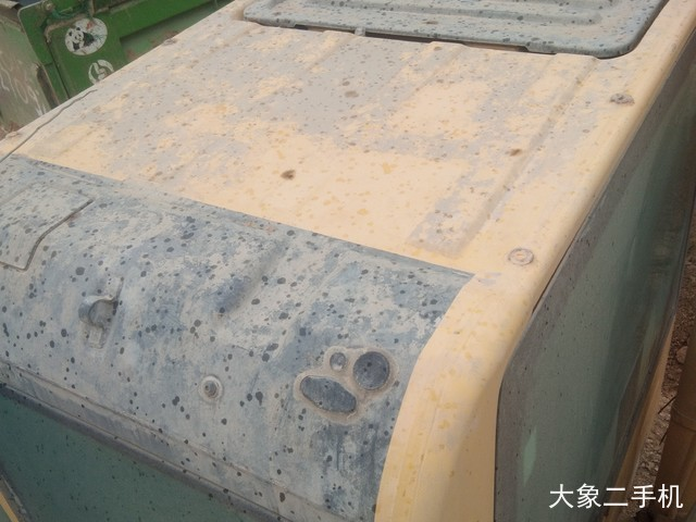 小松 PC200-8 挖掘机