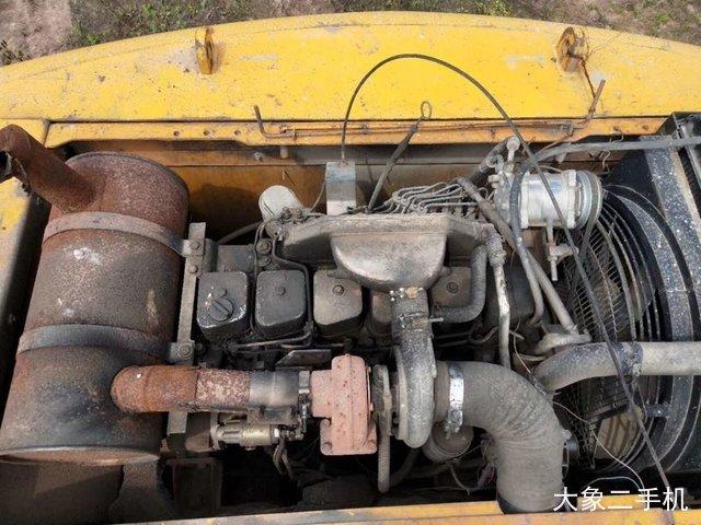 现代 R210W-5 挖掘机